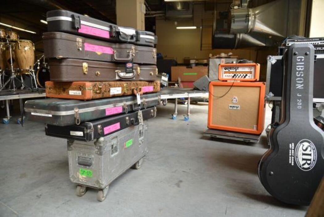¿Será ese el equipaje de Lucero? Claro que no, pero nos hace pensar con...