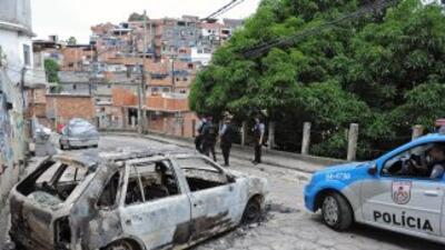 En las últimas semanas se han registrado varios ataques a vehículos poli...