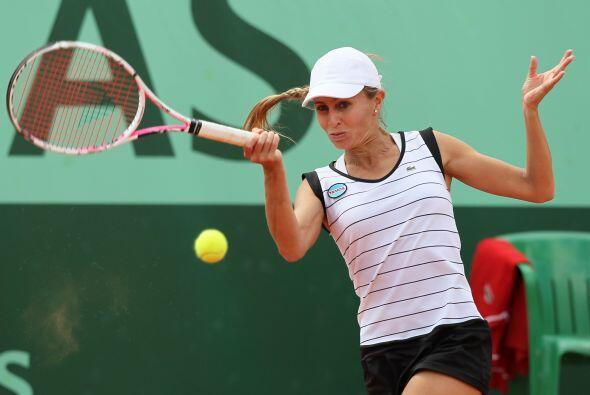 La argentina Gisela Dulko pasó a segunda ronda tras estrenarse en...