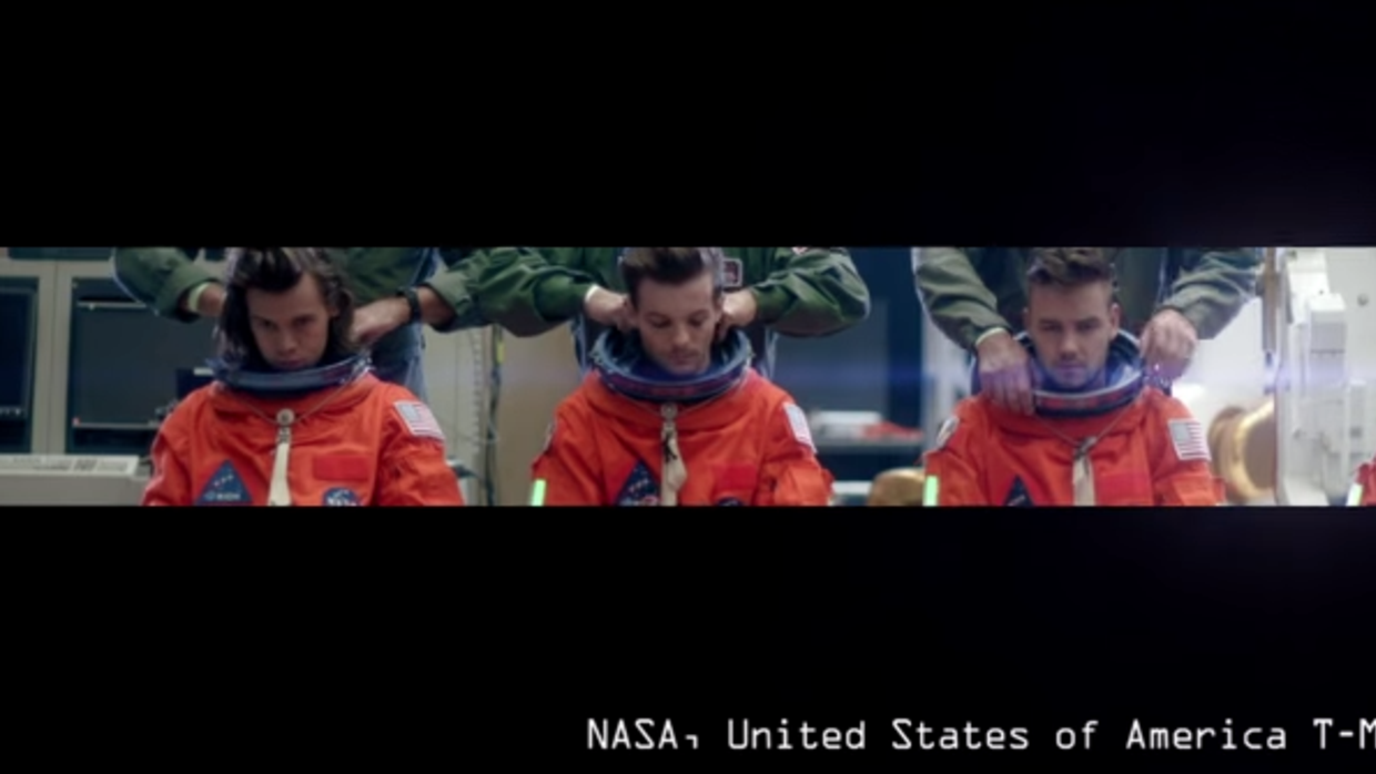 One Direction- Drag Me Down Screen%20Shot%202015-08-24%20at%2010.39.50%2...
