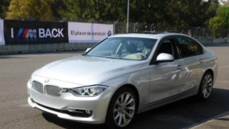 BMW presentó en México la sexta generación del popular Serie 3.