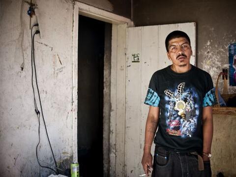 Miles de adictos a las drogas viven en las sombras de Ciudad Juár...