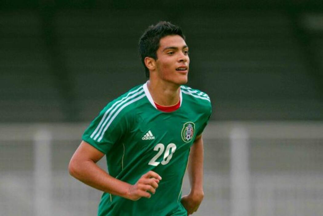 En el verano del 2012 Jiménez formaría parte de la selección de Luis Fer...