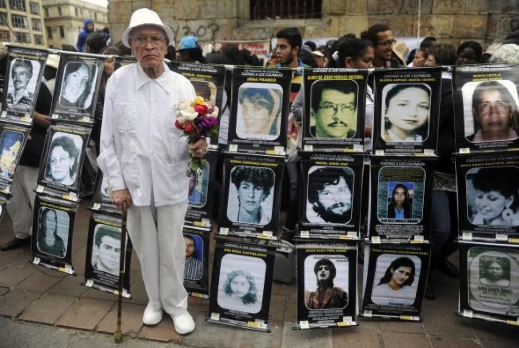 El 4 de febrero de 2008 en diversas ciudades del mundo los colombianos p...