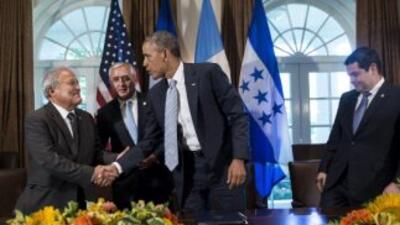 El presidente Barack Obama se reunió con sus homólogos de Guatemala, Hon...