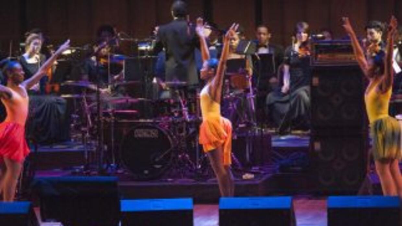Los estudiantes de Ellington School of the Arts Duke actúan en el Centro...