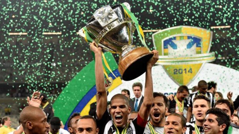 El Mineiro se coronó campeón de la Copa Brasil al vencer en la final al...