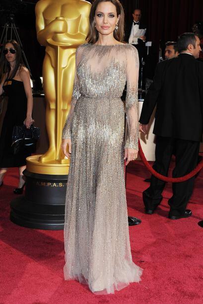 Angelina Jolie pecó de sofisticada y elegante. Simplemente su arr...