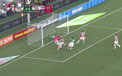 Pase de Carlos Vela,que marca el gol