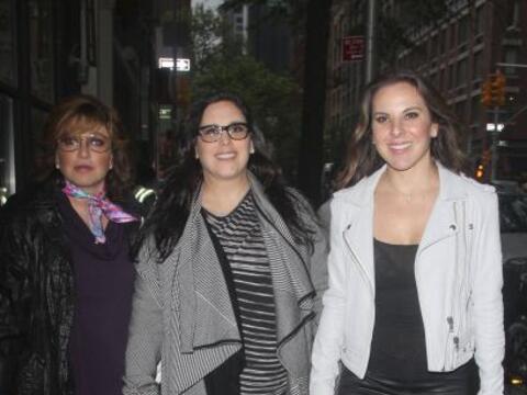 Angélica María, Angélica Vale y Kate del Castillo presentaron la obra de...