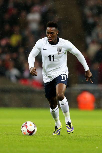 Danny Welbeck: Es el atacante que acompaña a Rooney en el ataque de Ingl...