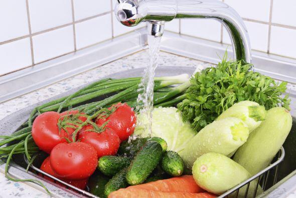 Tip: recuerda lavar frutas y verduras ¡y disfrutarlas en crudo!
