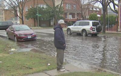 Las fuertes lluvias traen consigo inundaciones en algunos sectores de Ch...
