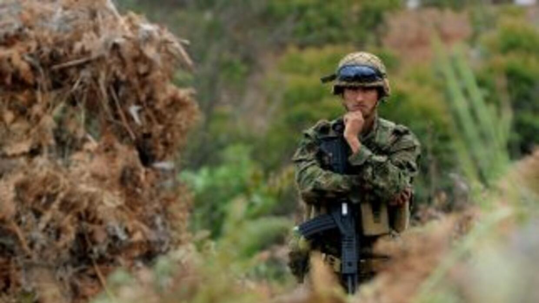 Fuertes combates entre la policía de Colombia y las FARC se registraron...