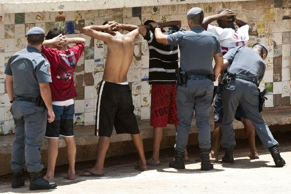 En la operación del lunes en Paraisópolis fue detenido un sospechoso, Ed...