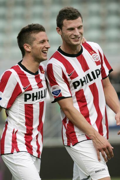 El belga Mertens hizo, ni más ni menos, cuatro goles en la victor...