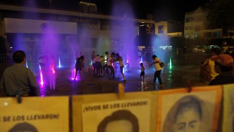 Los 43 desaparecidos de Ayotzinapa.