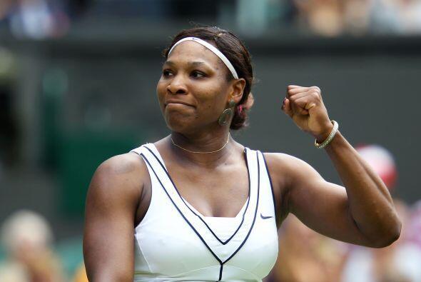 La victoria del día fue para la campeona defensora, Serena Williams, qui...