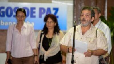 El gobierno de Colombia y las FARC reanudaron sus conversaciones con un...