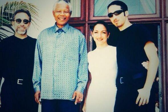 """Gloria Estefan: """"Descanse en paz, Nelson Mandela, alguien que cambió el..."""