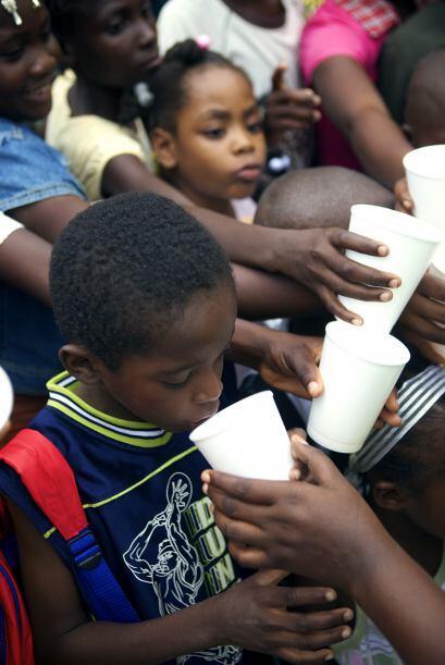 De acuerdo a investigaciones 1.3 millones de haitianos están repa...