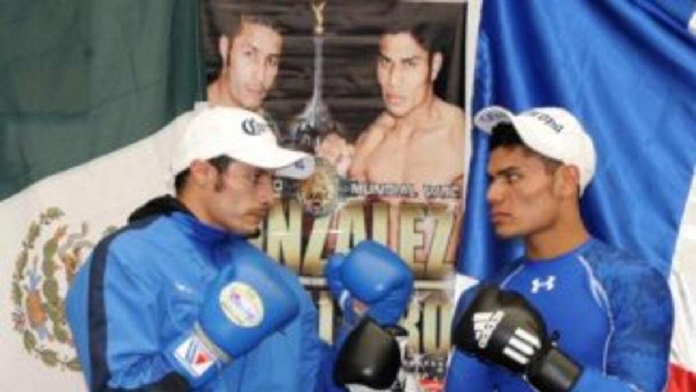 González y Caballero listos para enfrentarse (Foto: CMB)