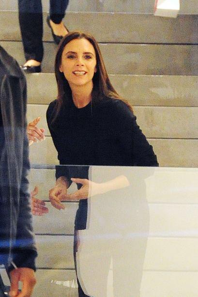 ¡Qué miedo con esa sonrisa! Mejor preferimos ver a Victoria...