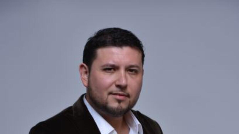 Roberto Tapia comenzó casi a medianoche un concierto, una hora después s...