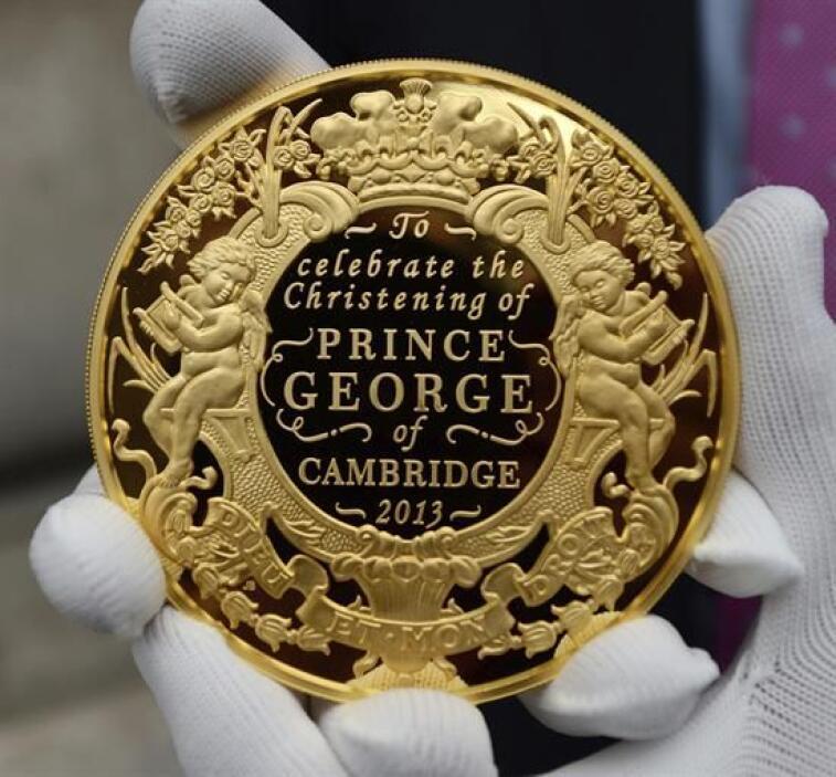 10.El histórico momento para la corona británica fue motivo incluso de...