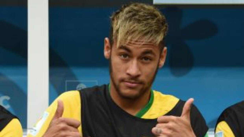 Neymar y su estilo freestyle callejero.
