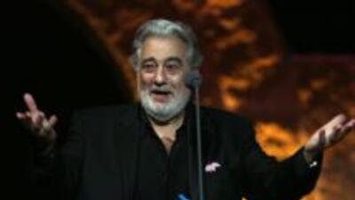 El tenor fue ingresado de emergencia a un hospital en Madrid, luego de s...