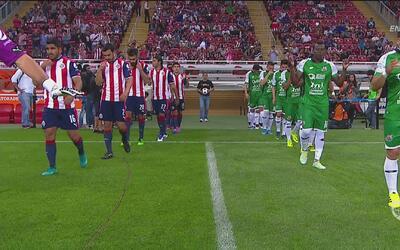 Chivas le ganó apenas por 1-0 a Alebrijes y hay clásico nacional en la C...