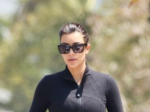 Encontramos a Kim paseando con su pequeña North West. Mira aqu&ia...