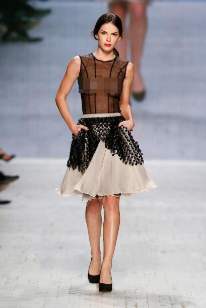 Las faldas de campana son una de las prendas con las que lucirán muy sex...