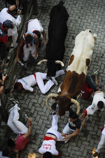 La bestia cargó contra un joven al que arrastró y corneó durante al meno...