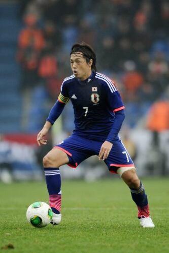 Yasuhito Endo:Los años pasan y el volante ha sabido mantenerse en la sel...