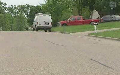 Un niño de 2 años de edad muere tras ser impactado por una camioneta en...