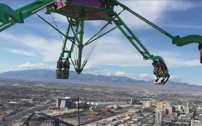Israel Romo se montó en las atracciones extremas de la Torre Stratosphere