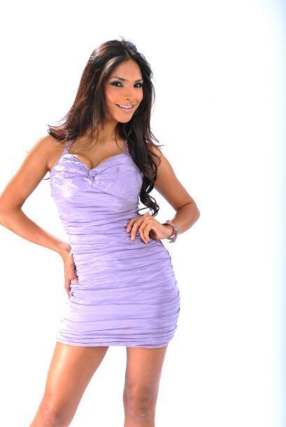 Alejandra Espinoza nació en Tijuana, México un 27 de marzo...