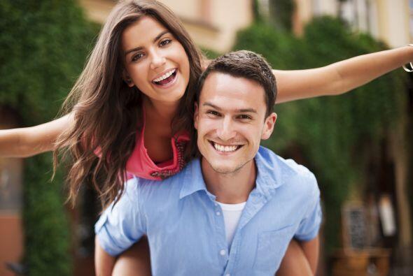 Reír nos proporciona muchos beneficios para nuestro cuerpo que tal vez d...