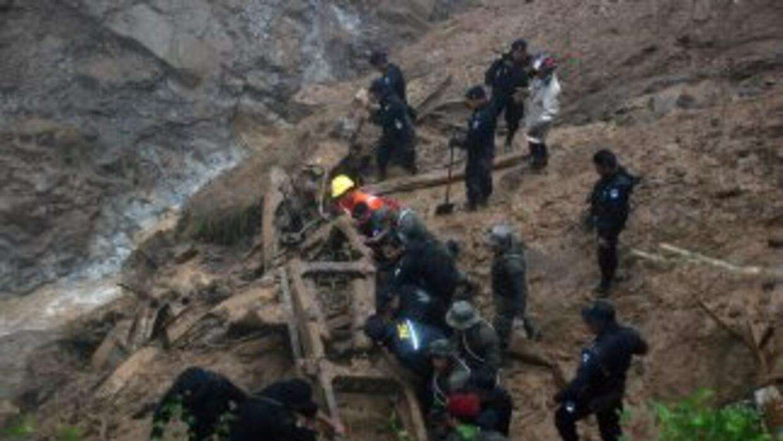 Guatemala contabilizó el miércoles 36 personas fallecidas y siete desapa...