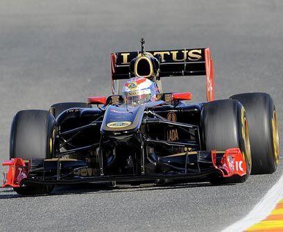 LOTUS-RENAULT R31La escudería Lotus se asoció con Renault para el campeo...