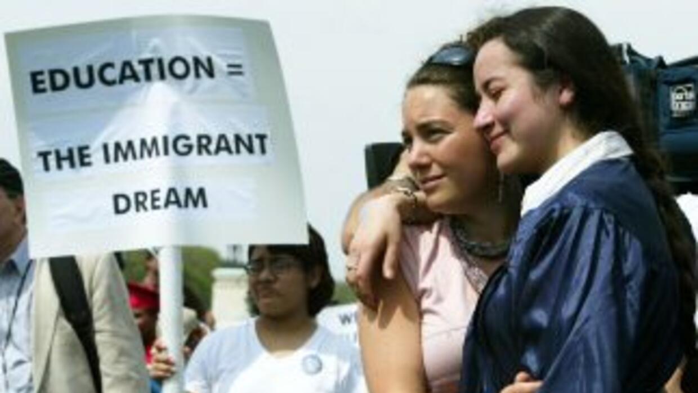 Dos millones de estudiantes indocumentados se beneficiarían con el Dream...