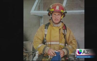 Dan último adiós al bombero de Tucson