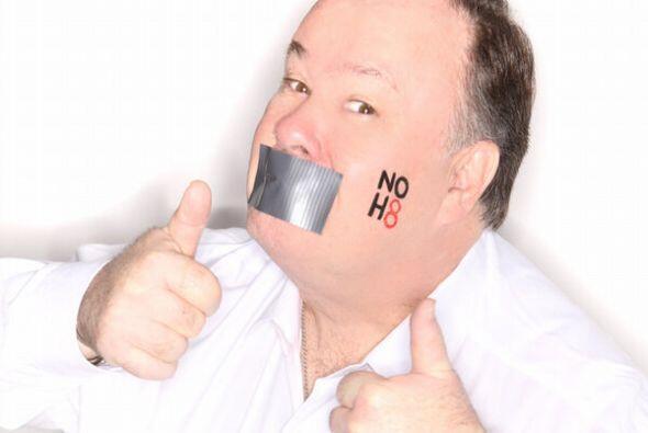 """Y también participó en campañas como el """"NO H8..."""