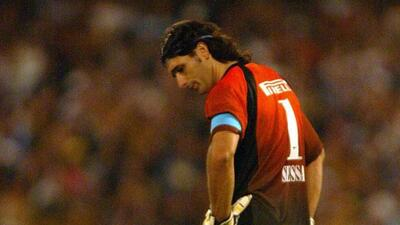 El portero argentino agredió a un rival con un pisotón.