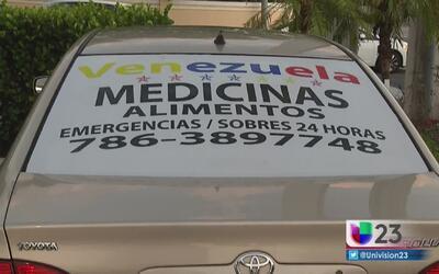 Venezolanos en Miami recogen medicamentos para llevarlos a su país