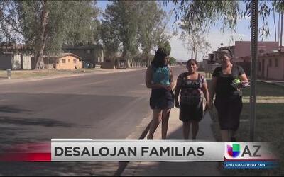 Desalojan a familias por falta de estatus migratorio