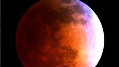 Disfruta de algunas de las imágenes del eclipse lunar compartidas por la...