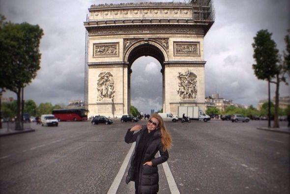 Como no quería dejar de conocer ni un sólo lugar de París se fue derechi...